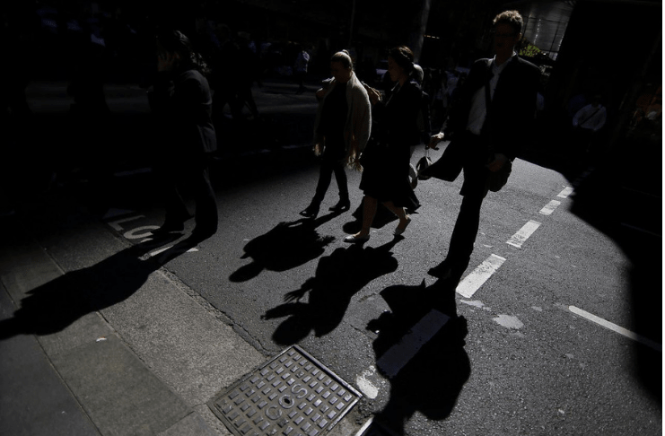 Australian Economy Hits Dry Spell As Incomes Fail To Flow